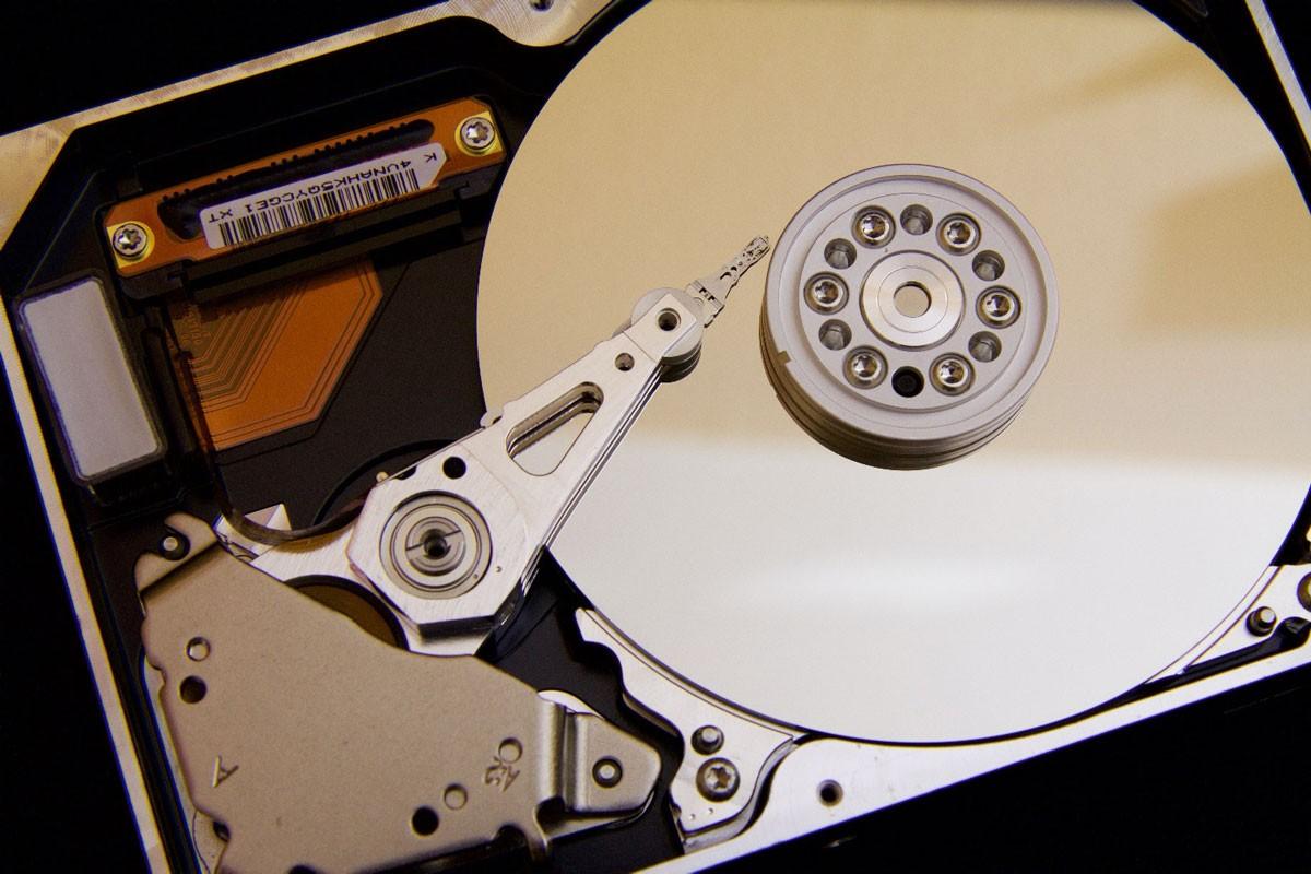 computer hard disk drive, hard disk crash